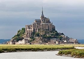 280px-Mont_St_Michel_3,_Brittany,_France_-_July_2011