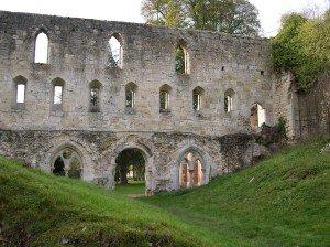 Ancienne_abbaye_de_Mortemer_-_Lisors_-_Eure_-