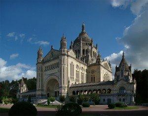 Normandie_Calvados_Lisieux1_tango7174